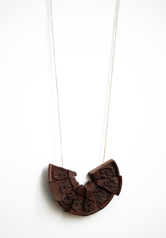 "Djurdjica Kesic - ""Nomad 7"". Necklace. Reclaimed timber lamp, linen thread. Photo from http://www.djurdjicakesic.com"